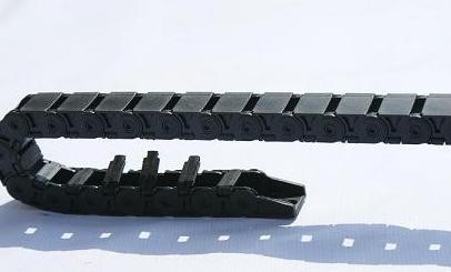 JHY-KEM18系列桥式内开盖拖链
